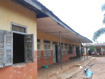 DSCN3584 UWEIFO COMMUNITY ORTHOPAEDIC NURSING HOME, EWURU