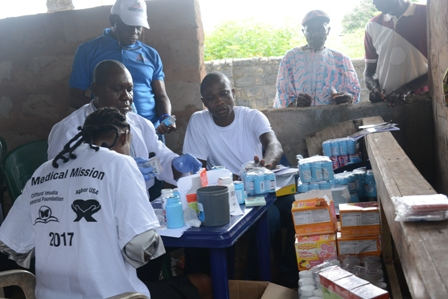 DSC_2217 AGBOR-USA/IMUDIA FOUNDATION HOLDS FREE MEDICAL MISSION