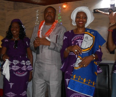 DSCN4542 THE OKOBAHS GIVE THANKS TO GOD, HONOURED BY THE CHURCH