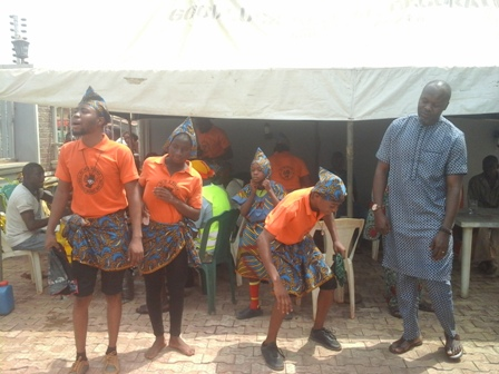 2nd-left-Felix-Omorojie-leader-of-the-group-with-Mr.-Sebastine-Okoh-and-others-in-a-group-photograph IKA CARNIVAL: SEBASTINE OKOH SPEAKS AT LAST
