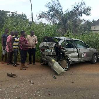 IMG-20180626-WA0000-1 PASSENGERS ESCAPE DEATH IN AN ACCIDENT ALONG ABAVO ROAD