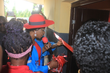 IMG_5916 DELTA FIRST LADY COMMISSIONS SICKLE CELL CLINIC