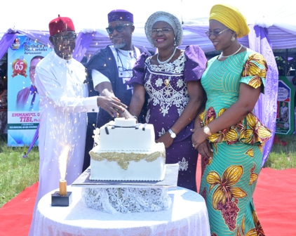 Sen.-Dr.-Ifeanyi-Okowa-and-his-wife-with-the-celebrant-and-his-wife-Dr.-and-Dr.-Mrs-Tibi-during-the-Mass DOUBLE CELEBRATION FOR DR. EMMANUEL TIBI