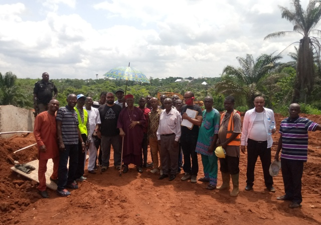HRM-Dr.-Emmanuel-O.-Efeizomor-JP-OON-Engr.-Ayman-with-entourage-and-Cite-Committee-during-the-inspection-2 OWA MONARCH INSPECTS ONGOING CONSTRUCTION OF UBOH, MIDOMER STREETS