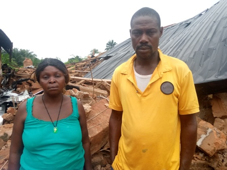Mr.-And-Mrs.-Alex-Osadume BUILDING COLLAPSES, RENDERS FAMILY HOMELESS